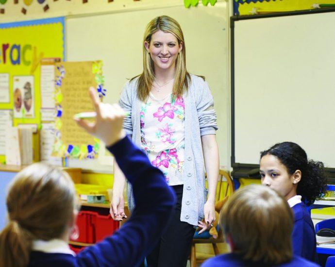 Tanítót keres a mogyoródi iskola