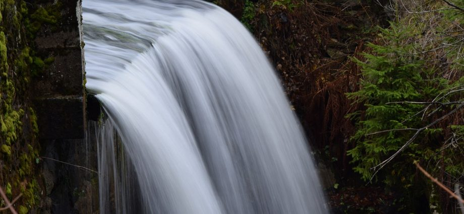 Ezért fontos kitakarítani a vízelvezető árkot