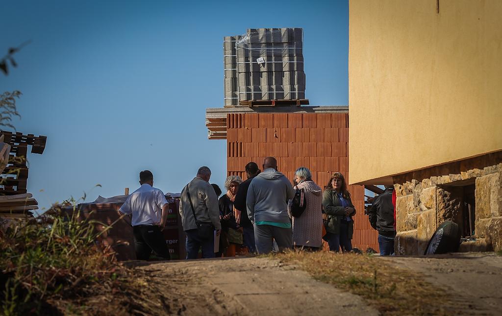 Vizsgálat a Klastromdombon: az építkezés leállítását javasolják